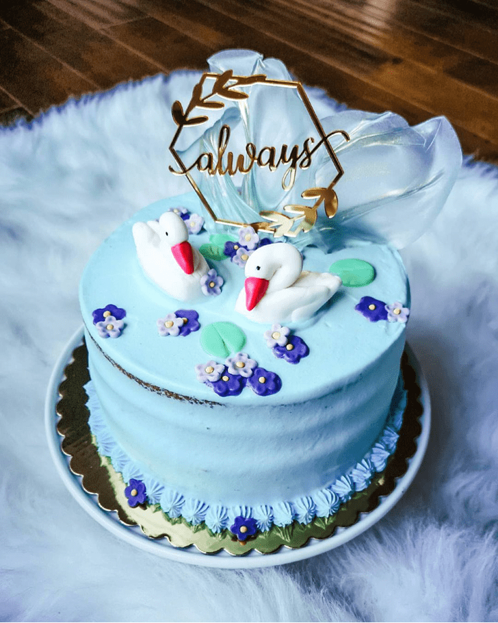 Comely Goose Cake
