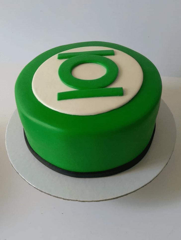 Admirable Green Lantern Cake Design