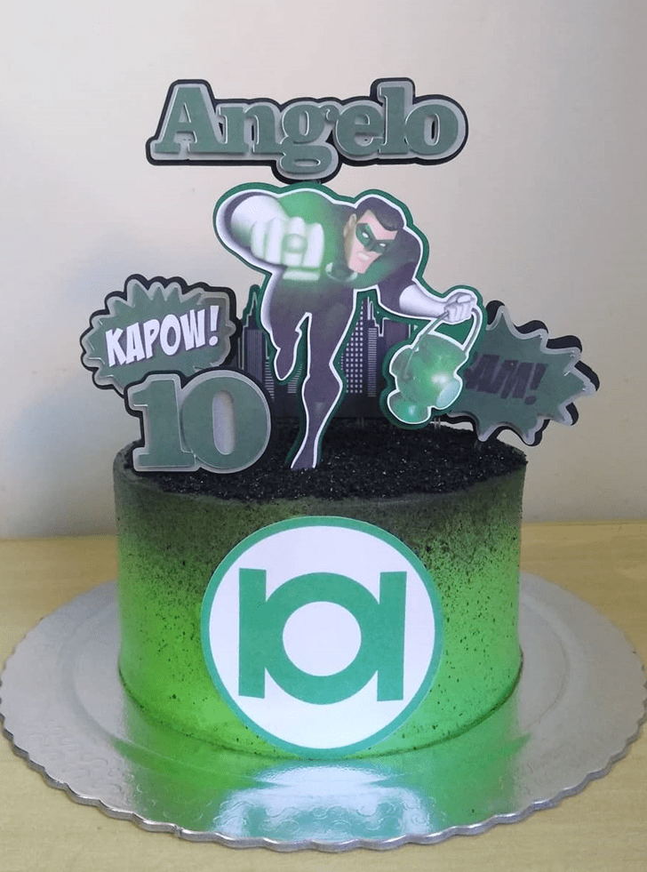 Charming Green Lantern Cake