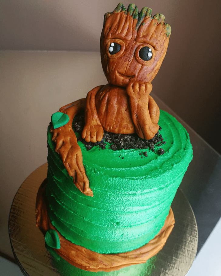 Admirable Groot Cake Design