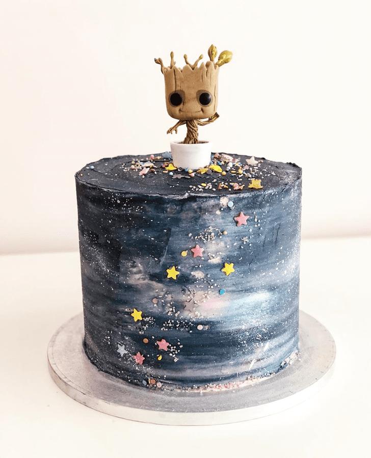 Angelic Groot Cake