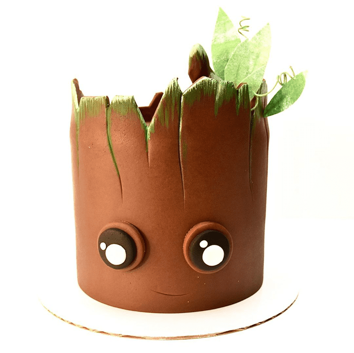 Enthralling Groot Cake