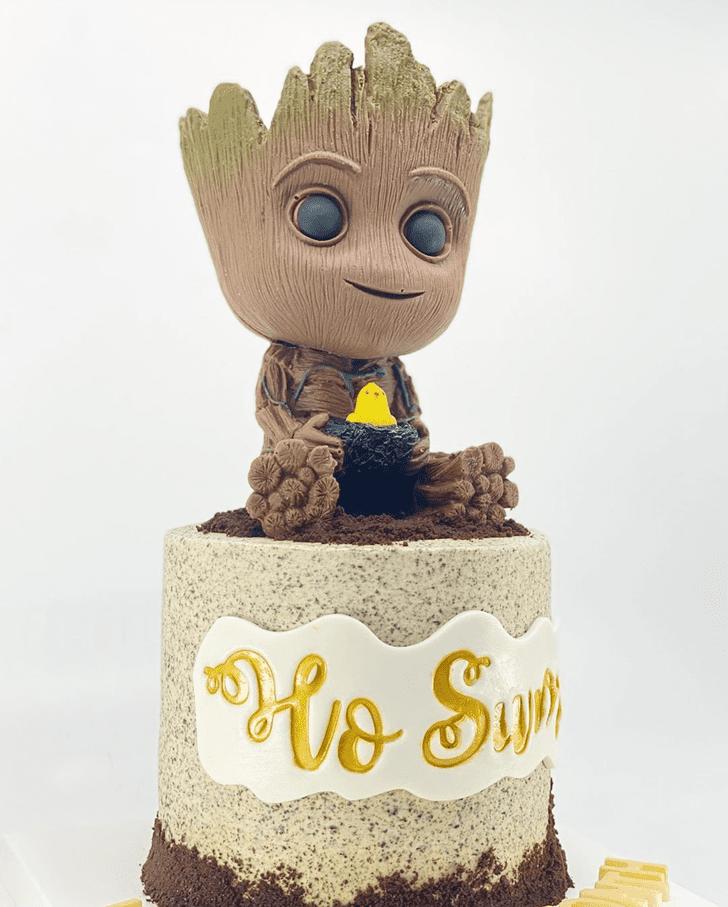 Fascinating Groot Cake