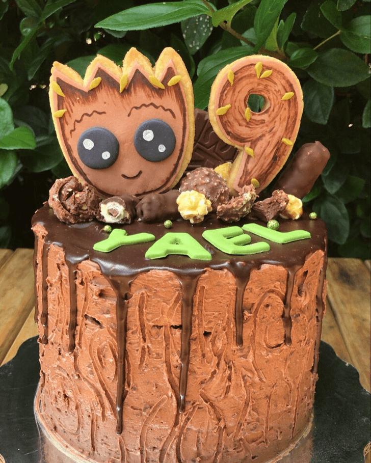 Lovely Groot Cake Design