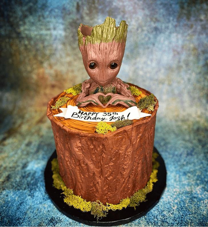 Resplendent Groot Cake