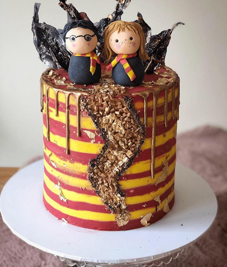 Divine Gryffindor Cake