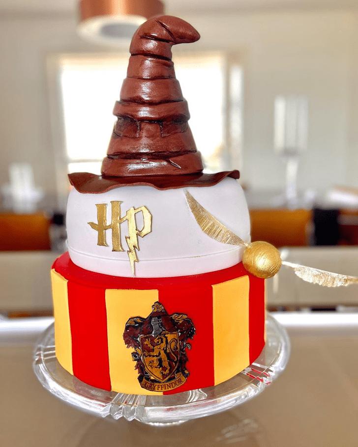 Enticing Gryffindor Cake