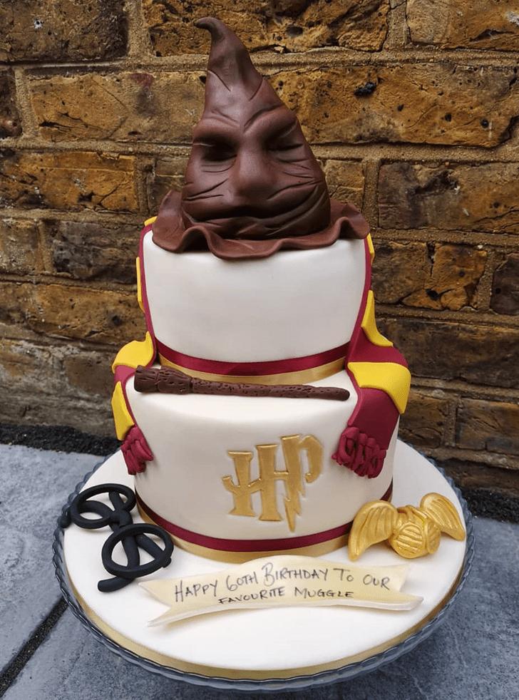 Fascinating Gryffindor Cake