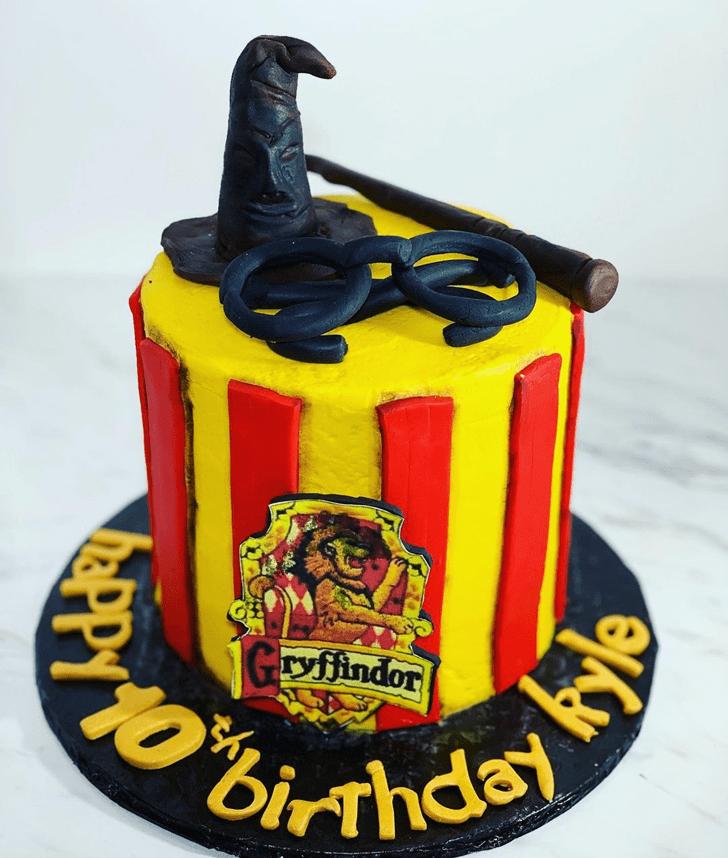 Good Looking Gryffindor Cake