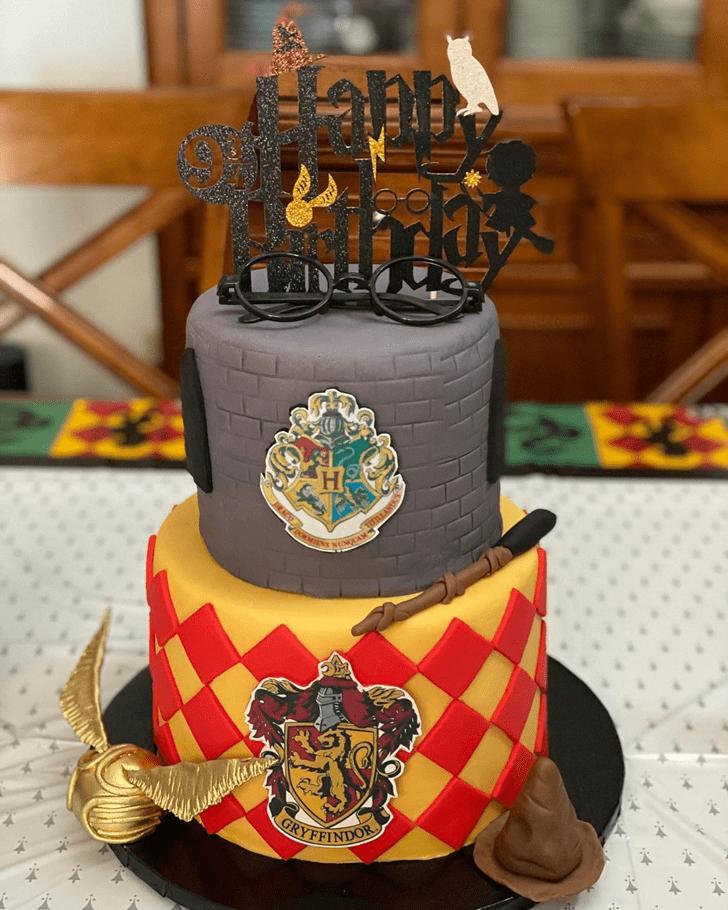 Magnificent Gryffindor Cake