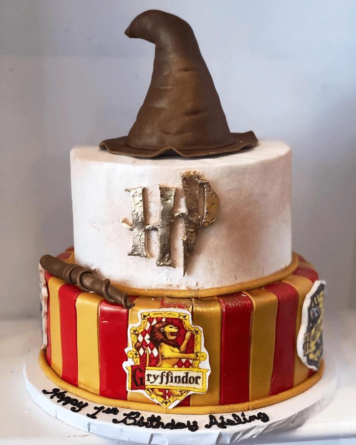 Pretty Gryffindor Cake