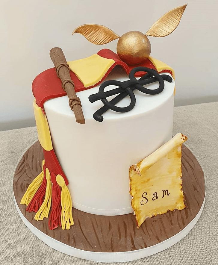 Superb Gryffindor Cake