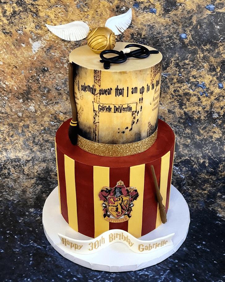 Fascinating Harry Potter Cake