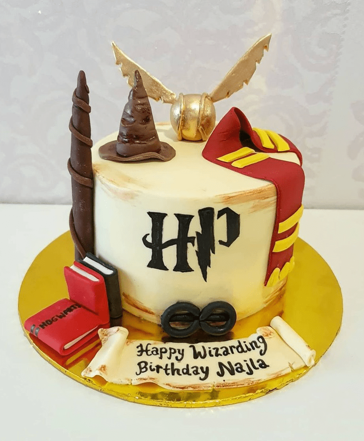 Ravishing Harry Potter Cake