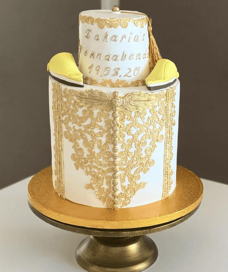 Delightful Henna Cake