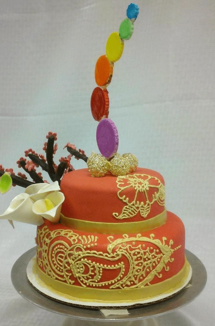 Good Looking Henna Cake