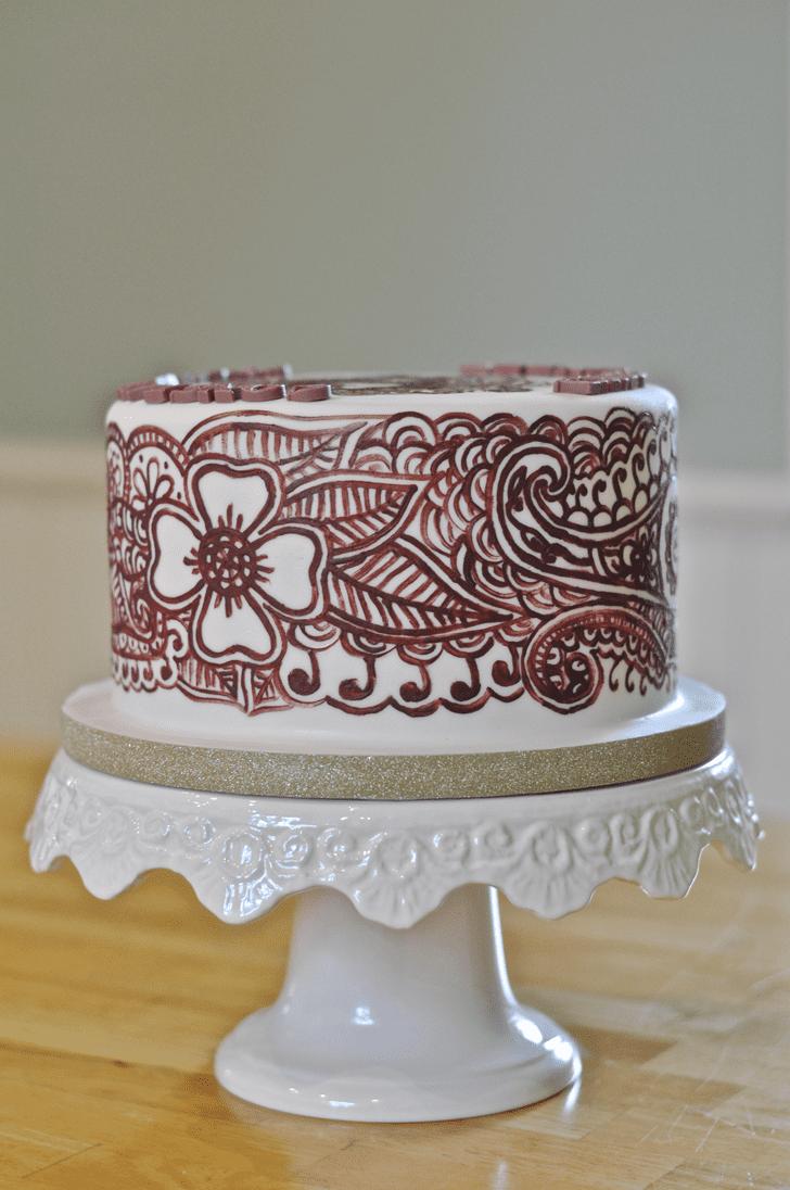 Inviting Henna Cake