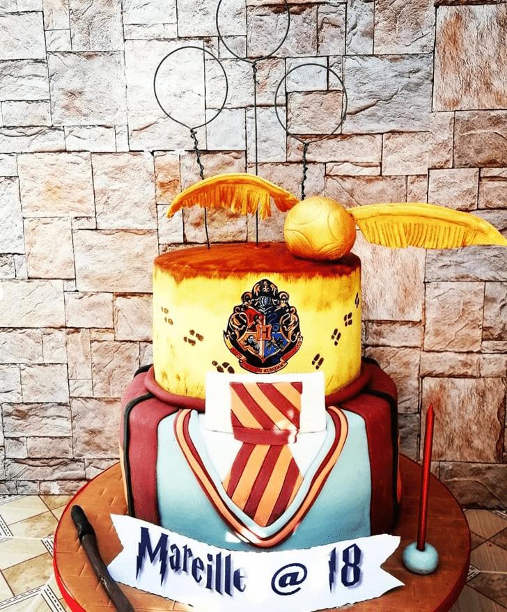 Beauteous Hogwarts Cake