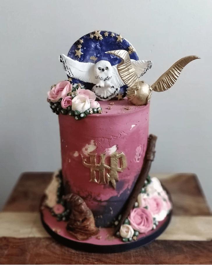Fine Hogwarts Cake
