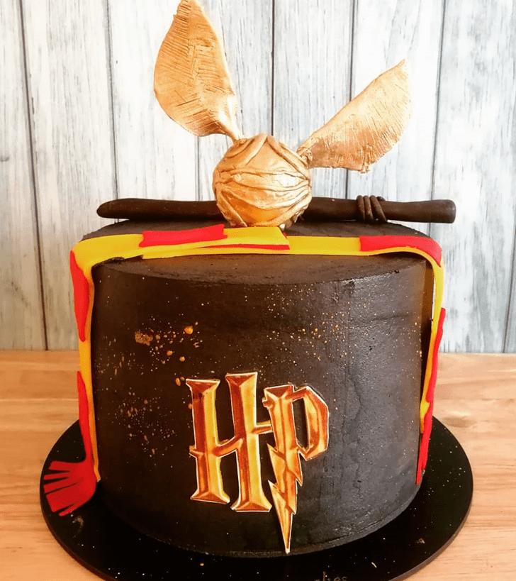Gorgeous Hogwarts Cake