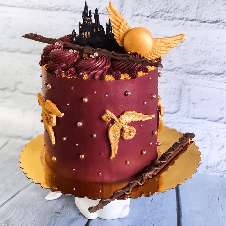 Nice Hogwarts Cake