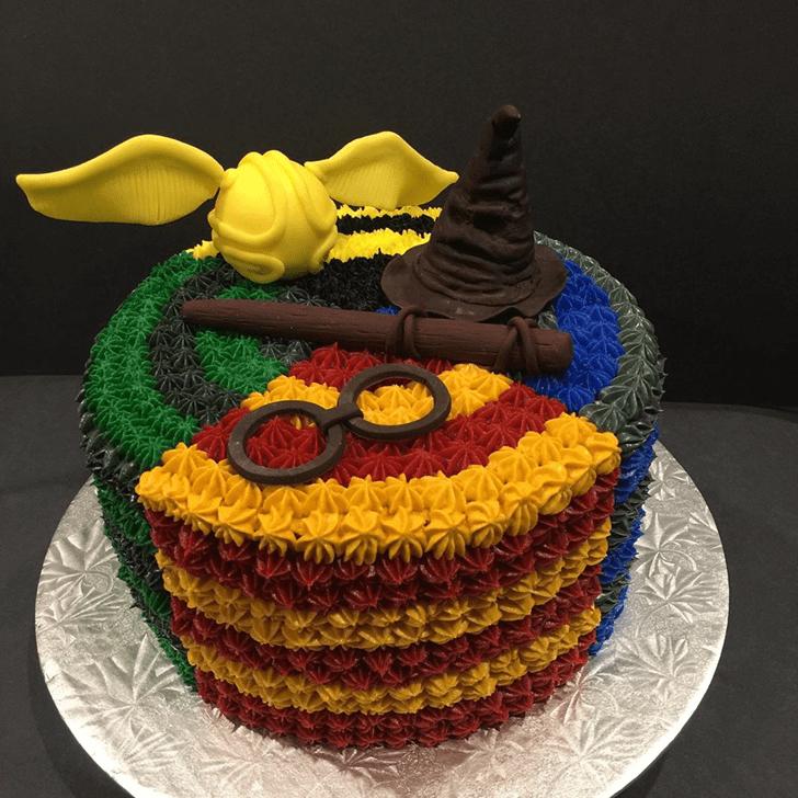 Pretty Hogwarts Cake