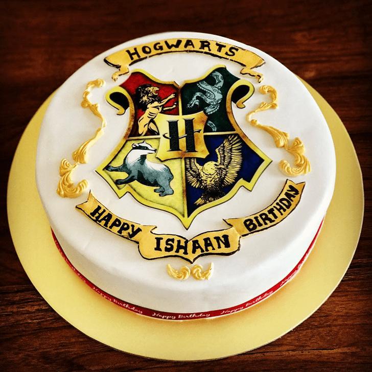 Stunning Hogwarts Cake
