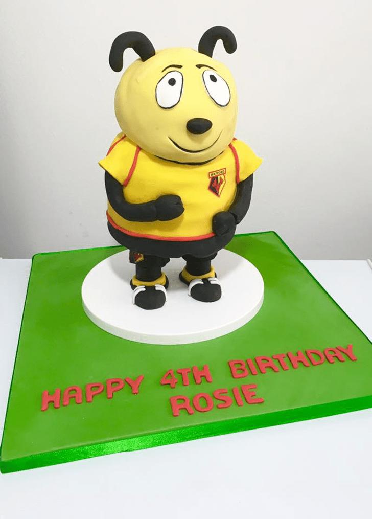 Adorable Hornet Cake