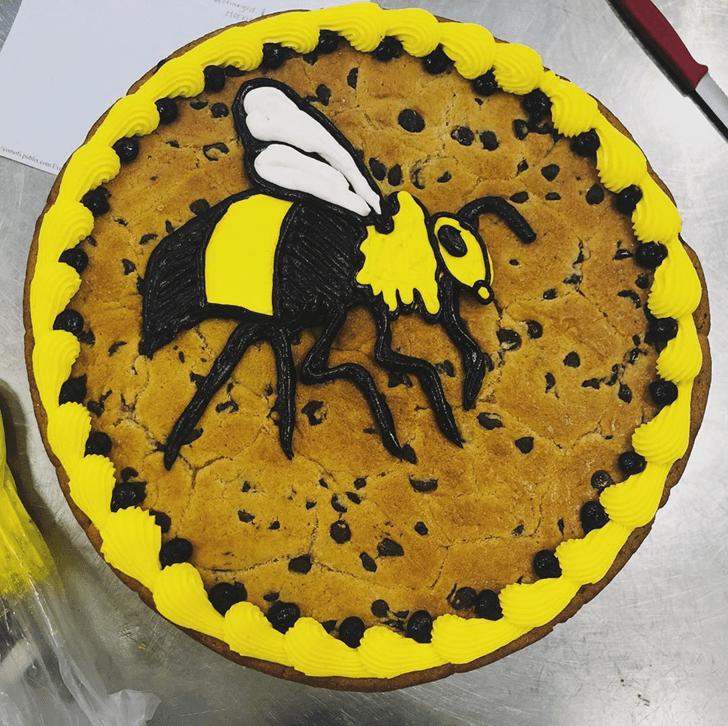 Alluring Hornet Cake