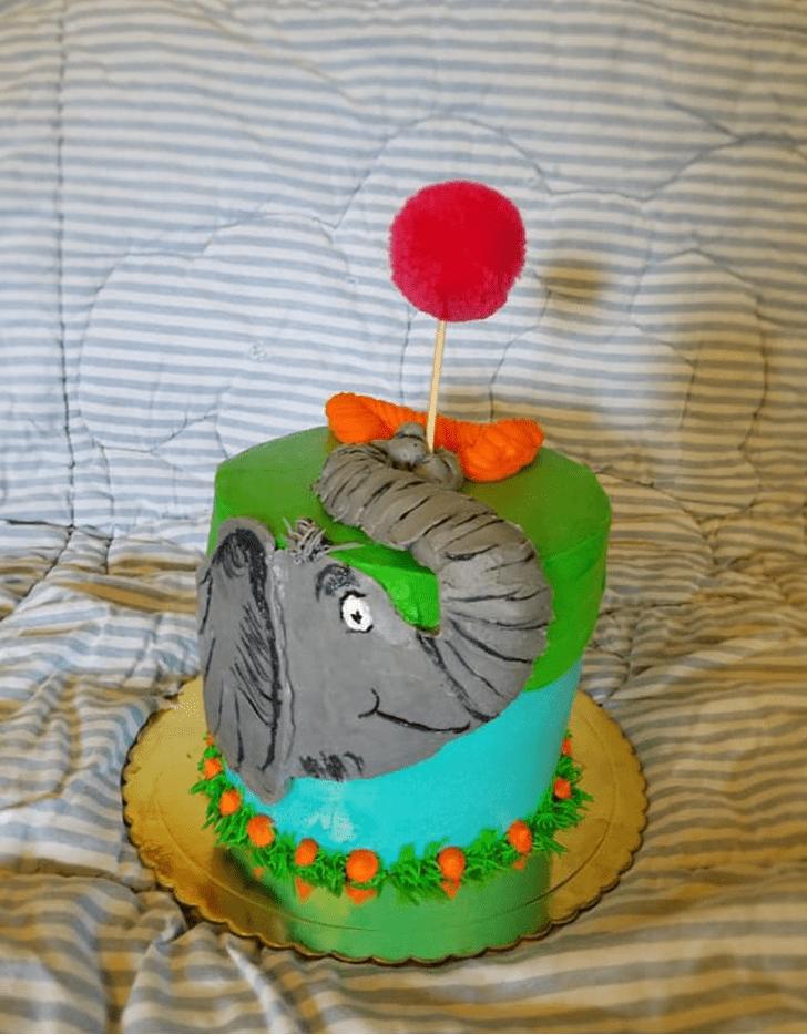 Adorable Horton Hears a Who Cake