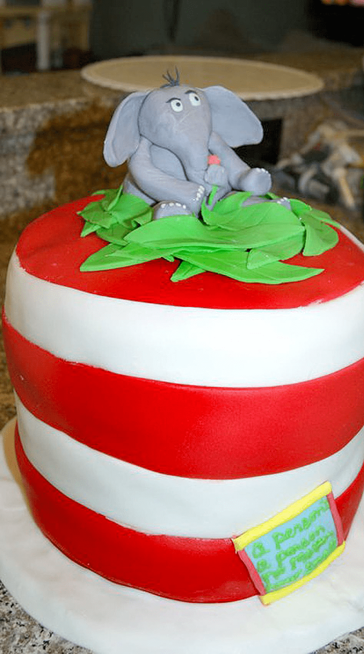 Radiant Horton Hears a Who Cake