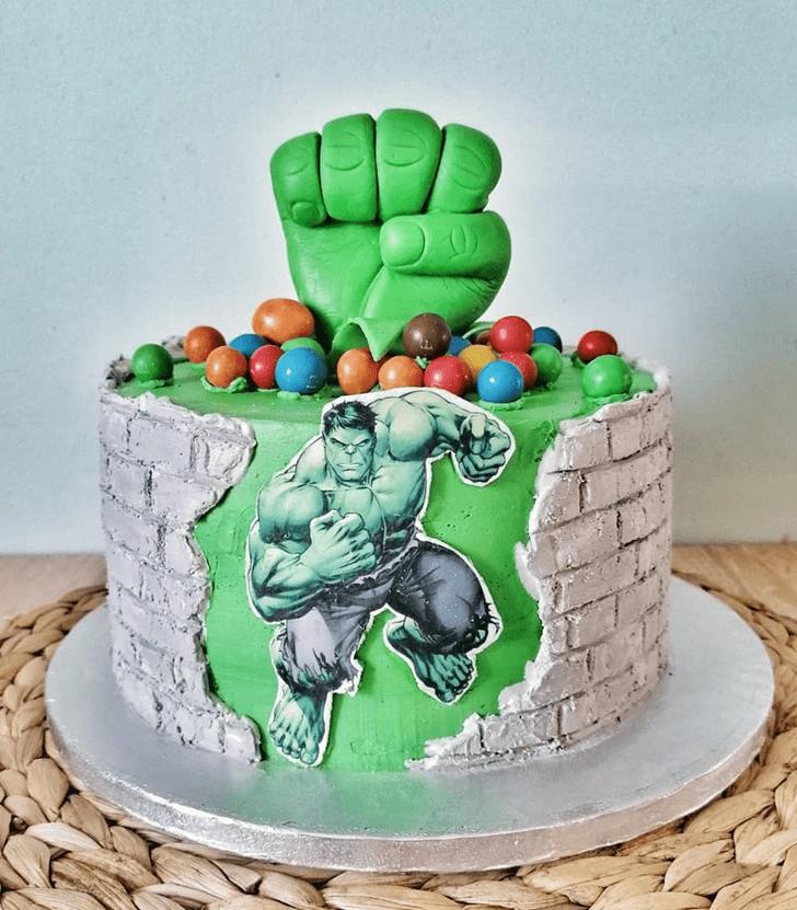 Comely Hulk Cake Design