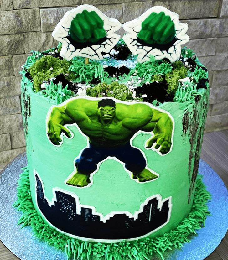 Exquisite Hulk Cake Design