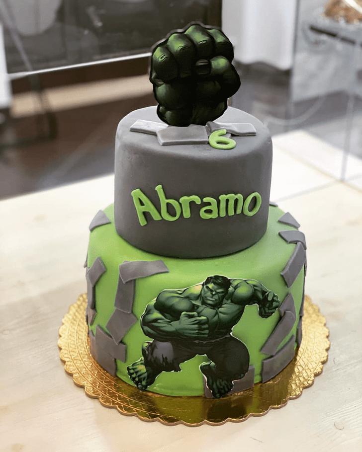 Fine Hulk Cake
