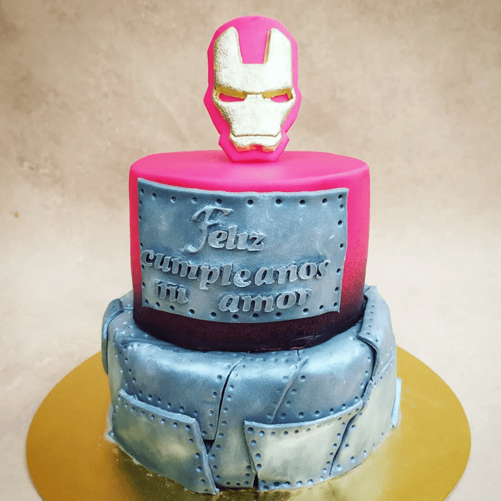 Pretty Iron Man Cake