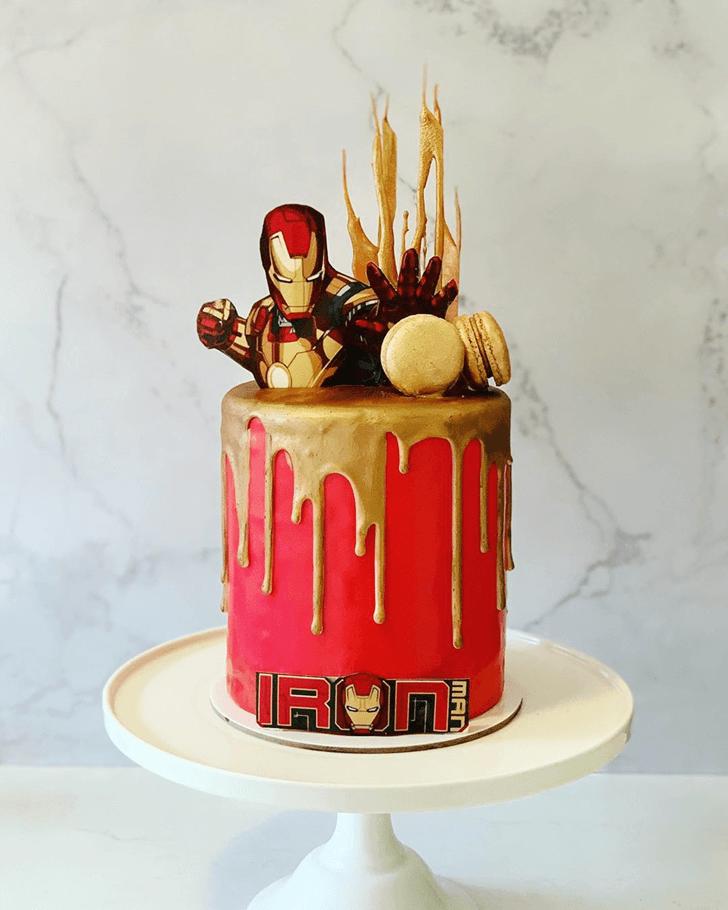 Ravishing Iron Man Cake