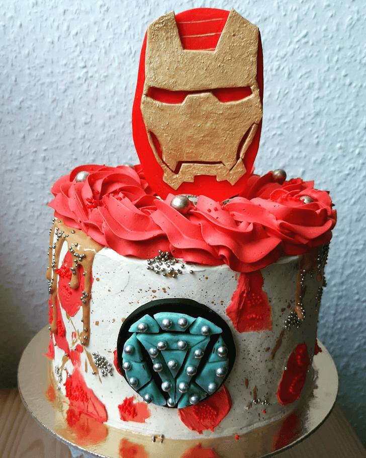 Resplendent Iron Man Cake
