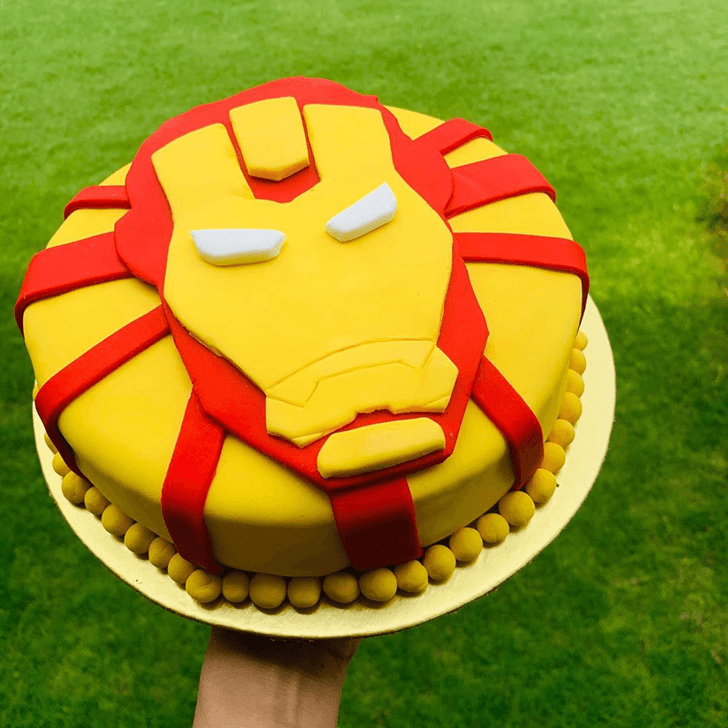 Splendid Iron Man Cake