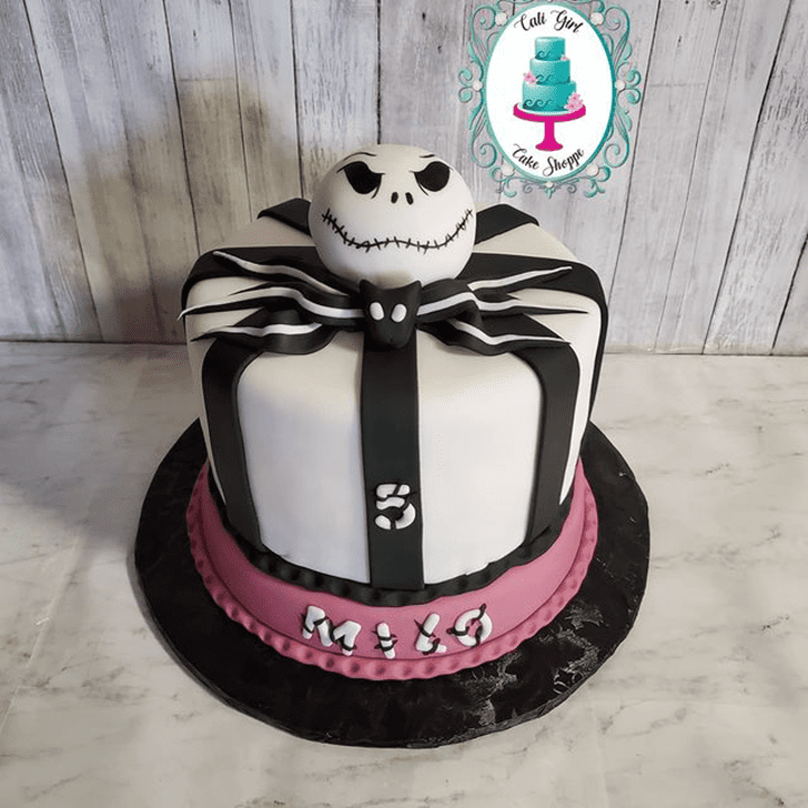 Appealing Jack Skellington Cake