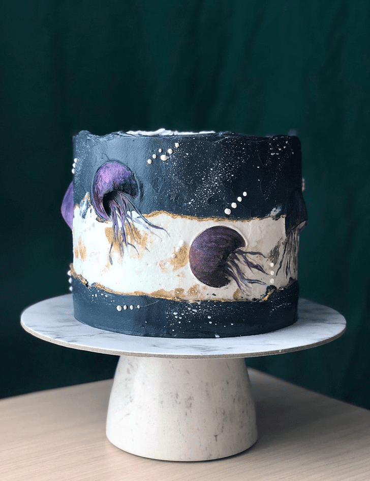 Appealing Jellyfish Cake