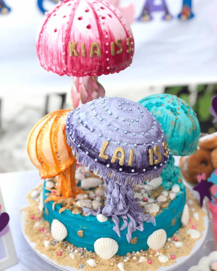 Good Looking Jellyfish Cake
