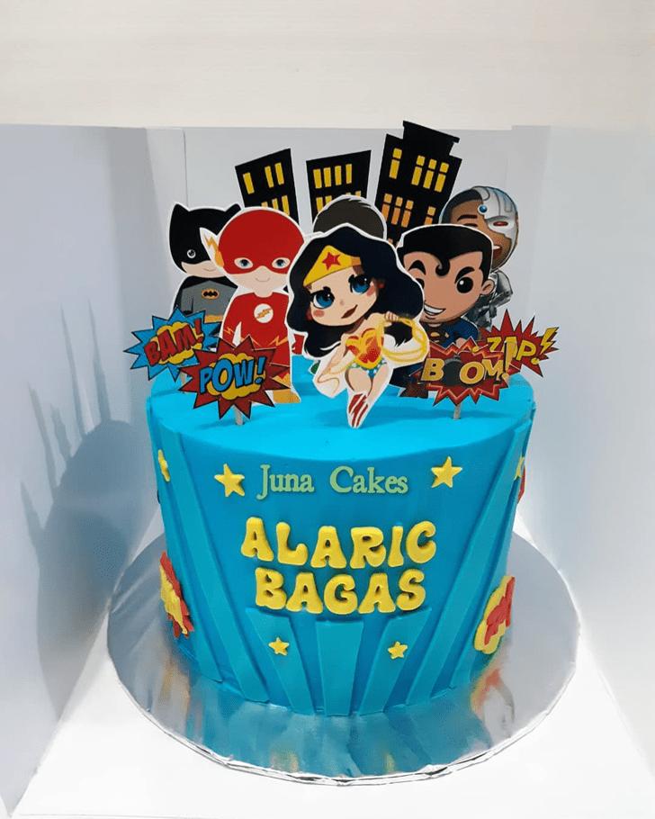 Exquisite Justice League Cake