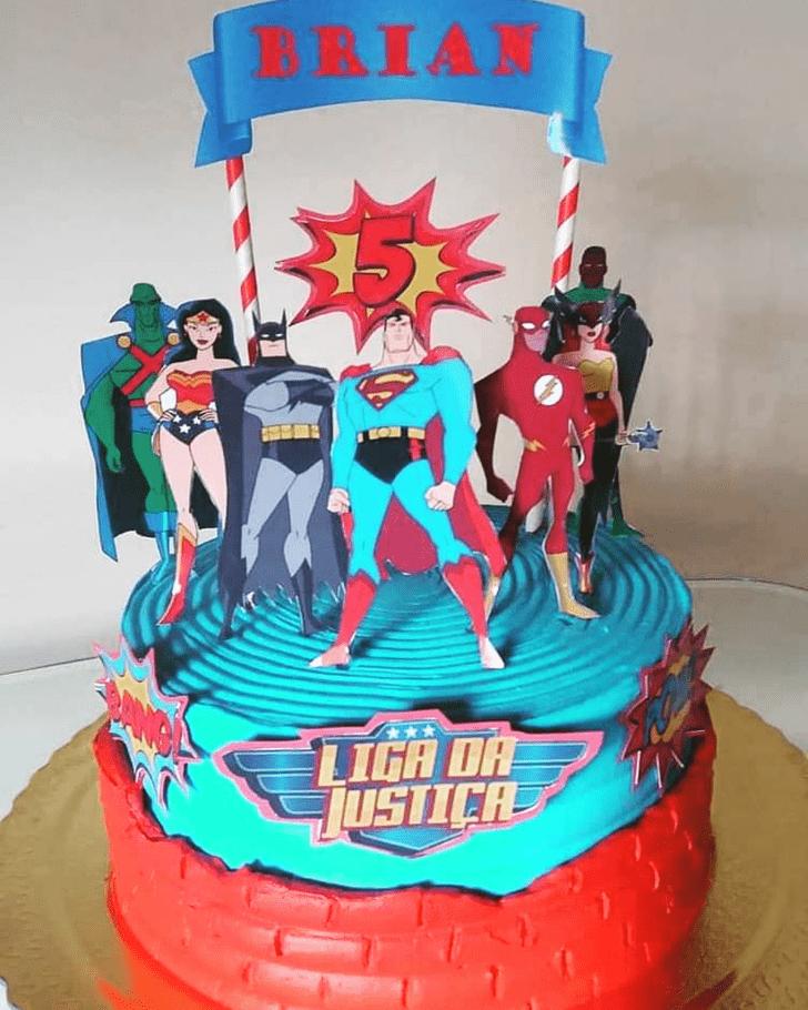 Nice Justice League Cake