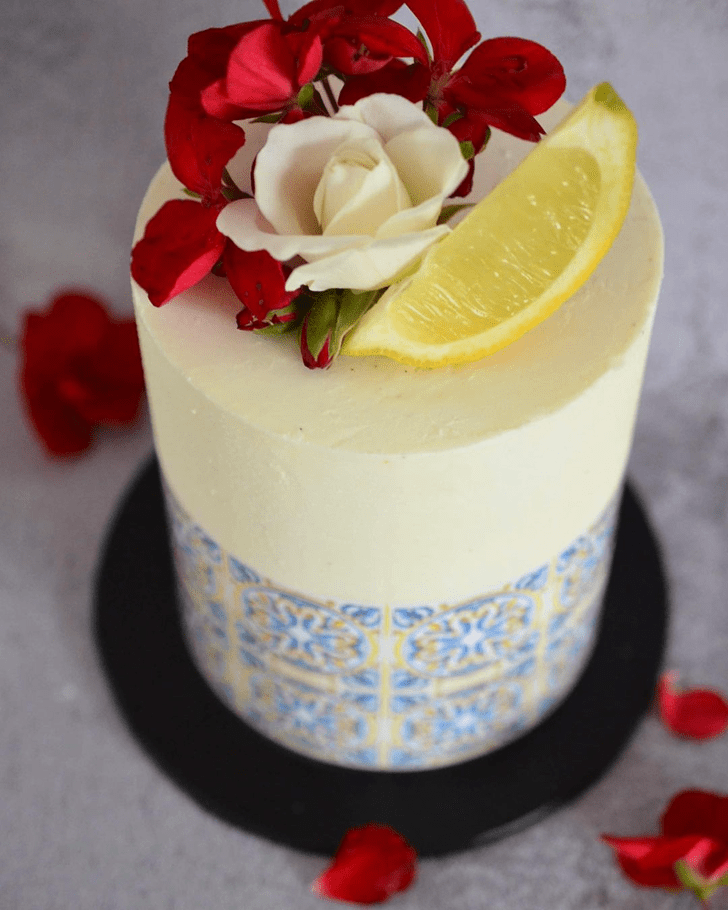 Enthralling Lemon Cake
