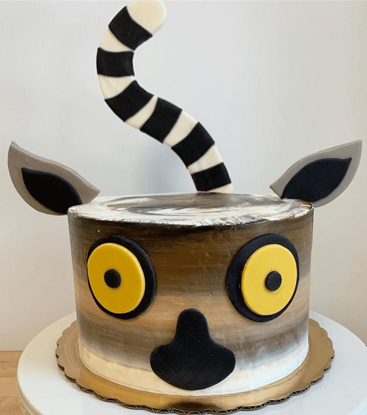 Comely Lemur Cake