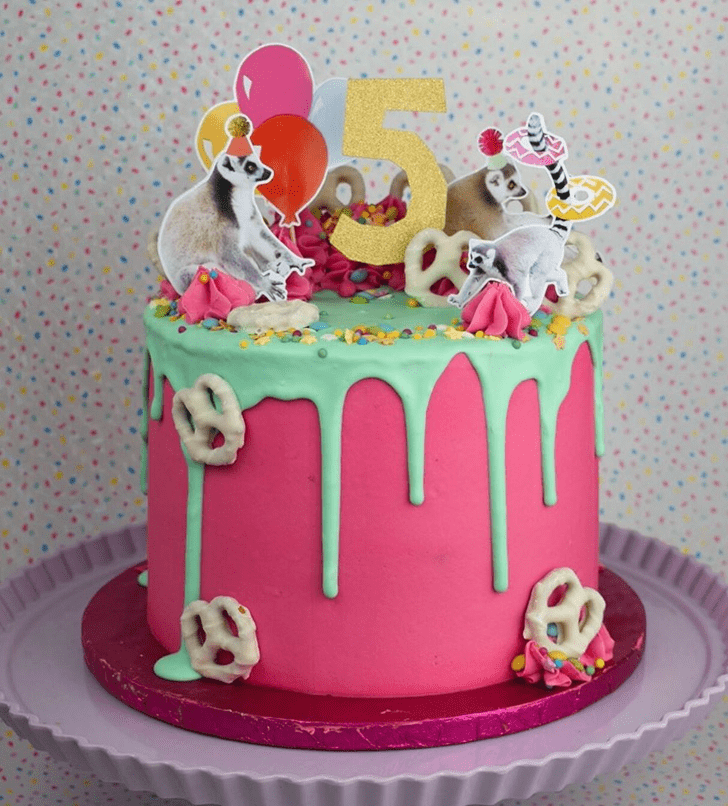 Enthralling Lemur Cake