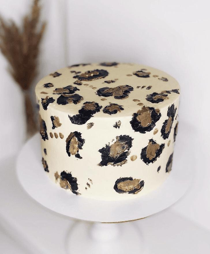 Delicate Leopard Cake