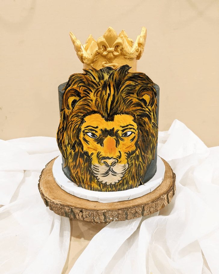 Alluring Lion Cake
