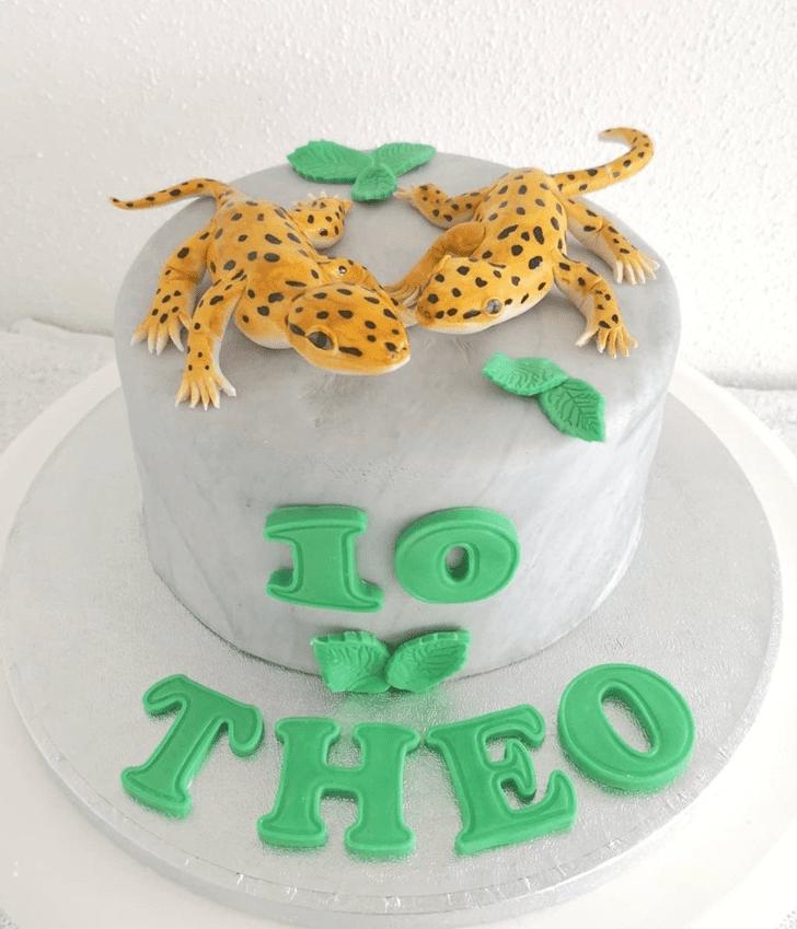 Bewitching Lizard Cake