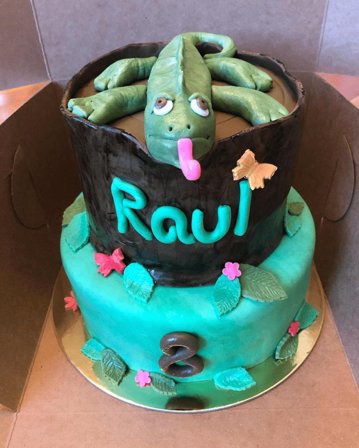 Classy Lizard Cake